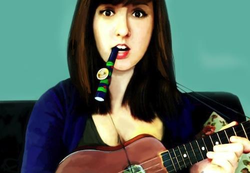 Elsa Rae – Plays Tiny Instruments